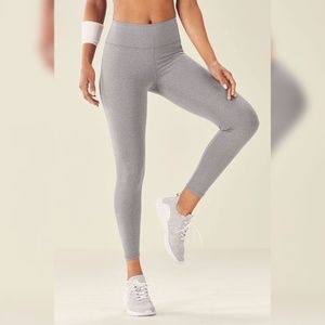 Fabletics Highwaisted 7/8 heather gray color